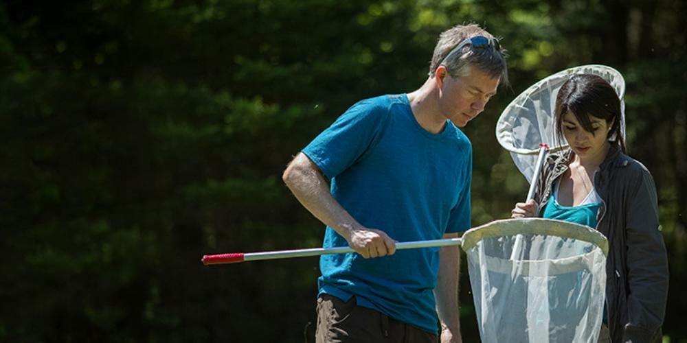 Jeremy Kerr working in the field