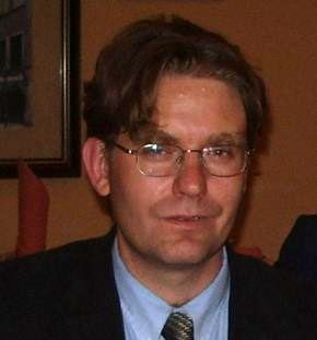 Photo of Professor John Pezacki