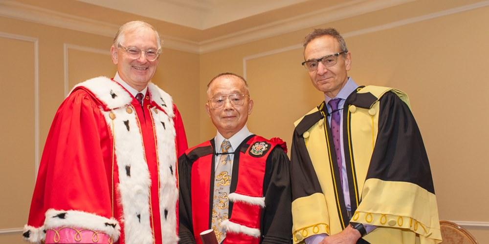 Jacques Frémont, Ruey Yu et Steve Perry