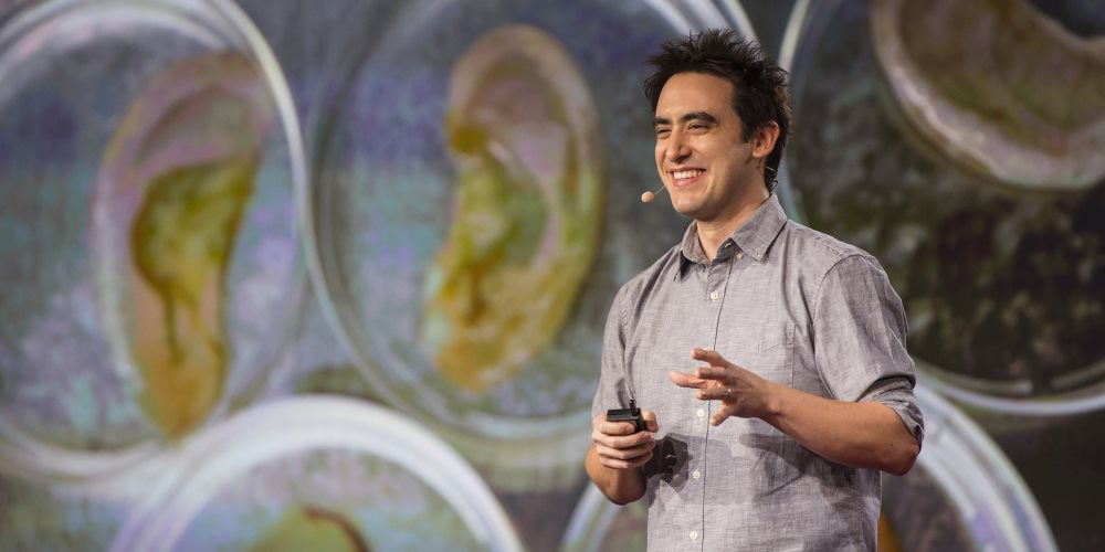 Photo of Andrew Pelling at TED Talk