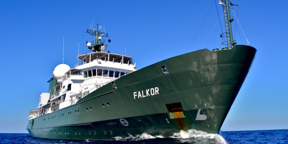 Photo of the research ship Falkor